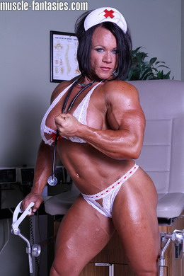 Amazing muscle girl brigita brezovac flexing her ultimate hardbody 1
